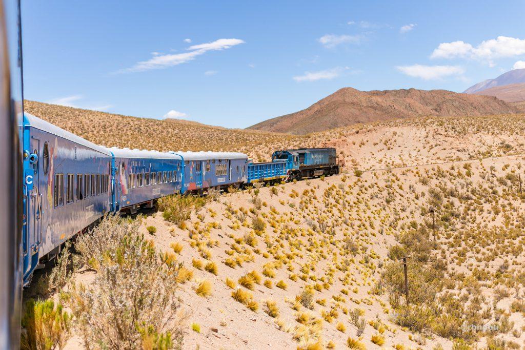 Tren a las nubes / Relato / Serie fotográfica